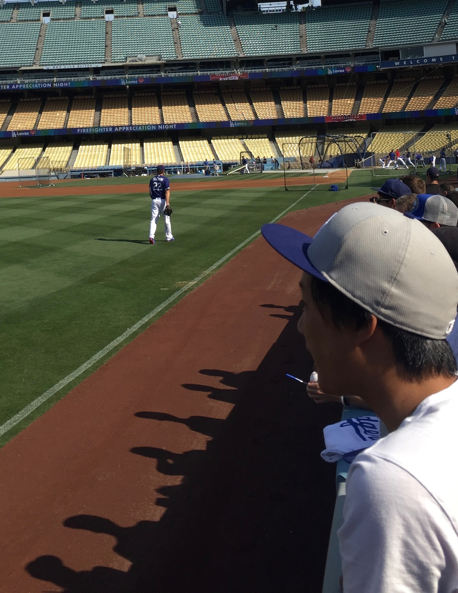 Clayton Kershaw exits the field