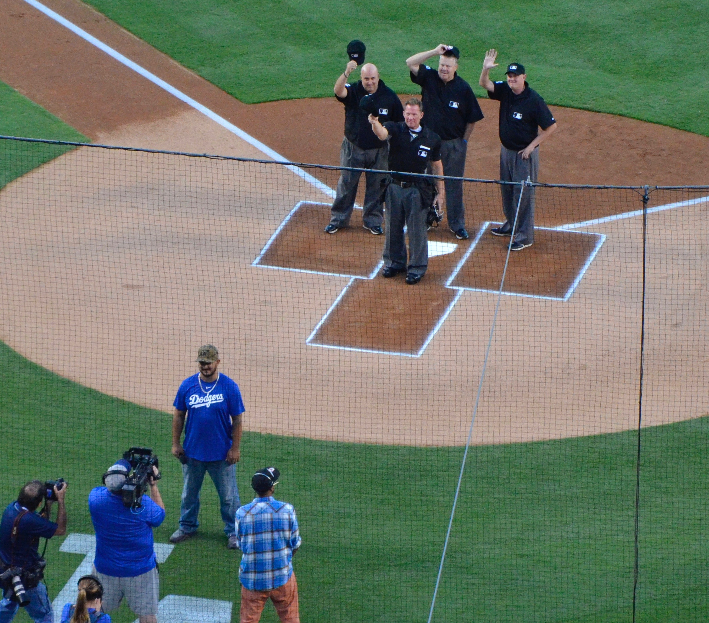 Umpires Saluting Vin Scully